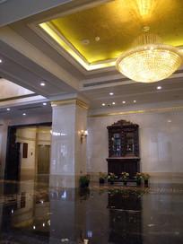 酒店大厅前台