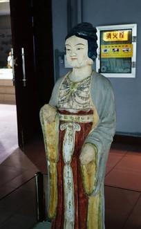 额济纳旗出土的供养人塑像