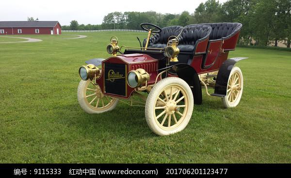 老式四轮车图片