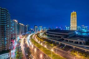 郑州CBD大玉米夜景