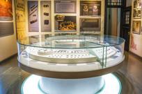 沈阳金融博物馆展厅圆形玻璃柜