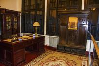 沈阳金融博物馆桌子与立柜