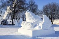 鲤鱼鱼造型雪雕