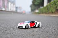 白色黎巴嫩跑车模型
