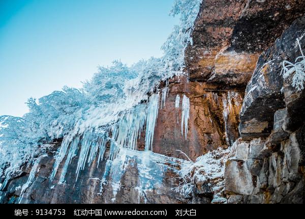 冰瀑布图片