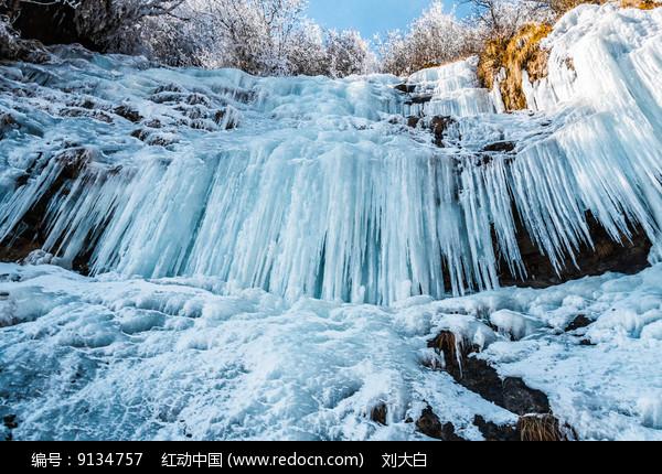 冰瀑风景图片