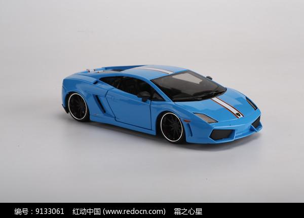 蓝色兰博基尼LP560警车模型图片