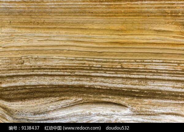 多色的海蚀石图片