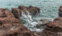 礁石上的海浪