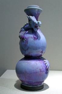 葫芦形盘龙花瓶