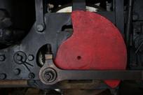 火车红色传传动轮