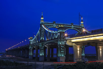 哈尔宾扬明滩大桥夜景