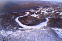 河流山林雪景-航拍