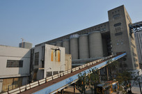 粮仓卸货区