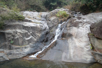 大石头景区冈泉魁境瀑布