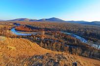 山林蓝河景观