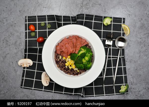 西兰花培根多谷饭图片