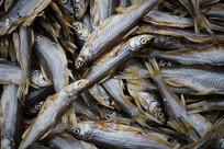 腌制的白鲦鱼鲫鱼年货