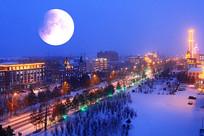 额尔古纳市雪夜圆月