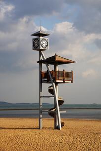 海边的钟塔