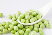 新鲜的嫩豌豆