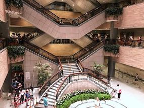 上海博物馆内景横构图
