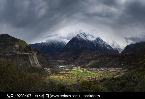 雅江峡谷观景平台