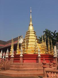 泰国寺庙金塔