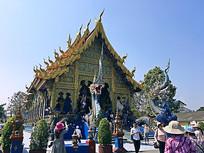 泰国清莱蓝庙