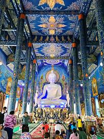 泰国清莱蓝庙内部