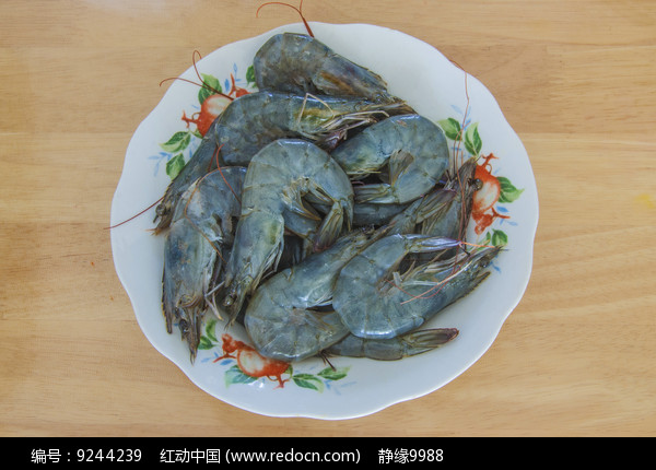 一盘生大虾图片
