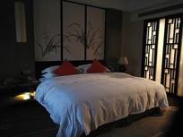 某酒店客房床铺