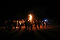 草原上篝火晚会