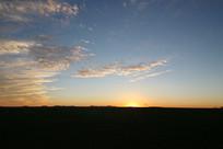 草原晚霞美景