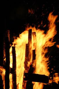 柴火垛篝火火焰
