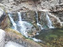 太行山瀑布图片