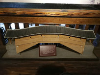 木质结构的桥梁模型