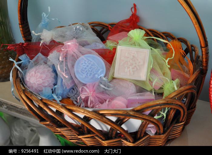手工彩色肥皂图片