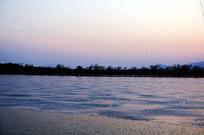 湖面上的冰