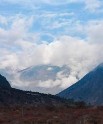 雅鲁藏布江大峡谷风光