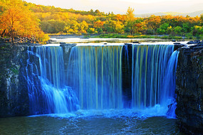 镜泊湖瀑布(吊水楼瀑布)秋色