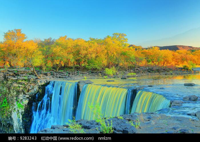 美丽的镜泊湖瀑布 图片