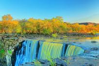 美丽的镜泊湖瀑布