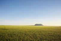 草原上的达里湖火山