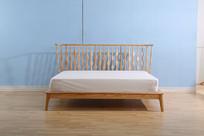 美丽的床沿