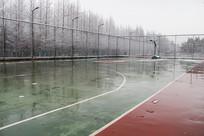 雪地篮球场