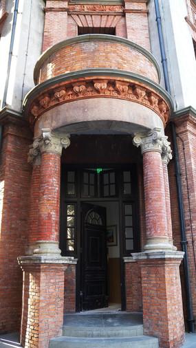 圆明园公寓侧门