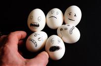 表情各异的鸡蛋