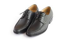 白背景上的商务男鞋