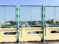 公路铁路护栏围栏摄影图